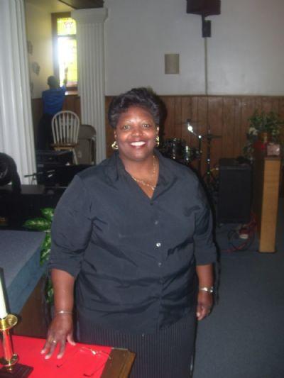 Rev. Lynn R. Hill